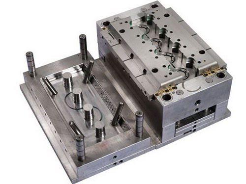 Chế tạo khuôn CNC